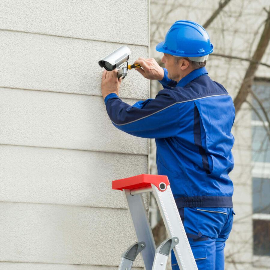 CCTV Pros - MaleTechnician- cctv installation.jpg